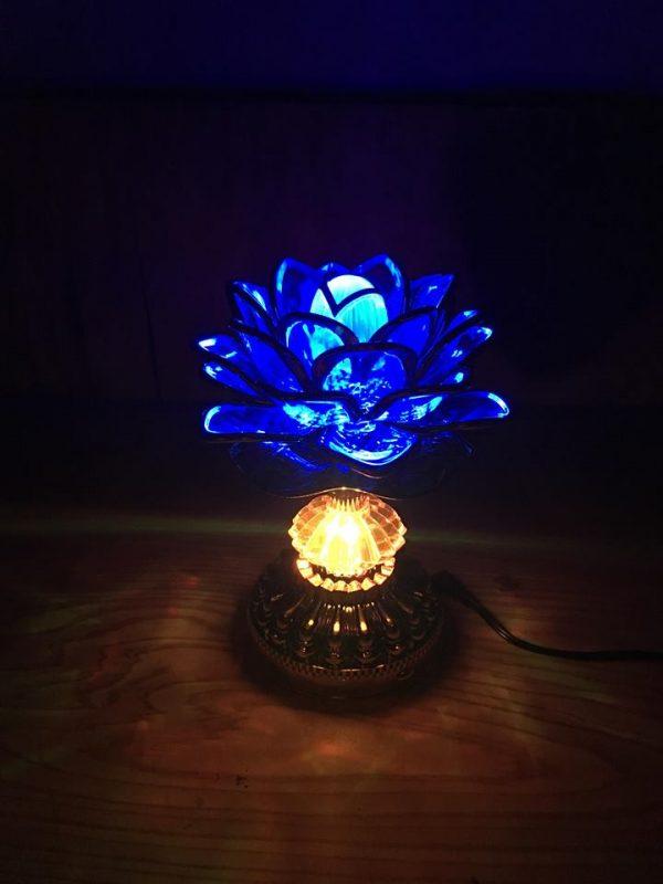 Đèn hoa sen để bàn thờ